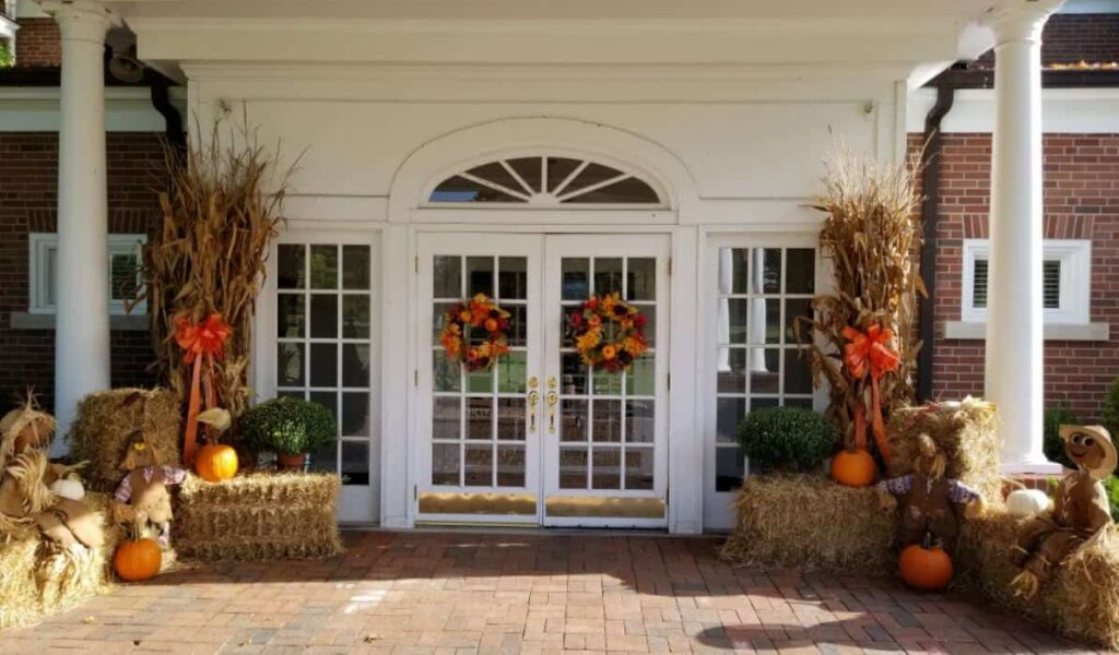BCC Clubhouse Fall Decorations